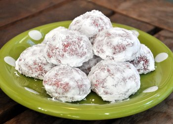 Red Velvet Snowball Cookie Pile