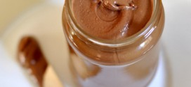 Homemade Chocolate Almond Spread