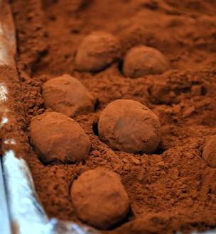 Dark Chocolate Truffles | Baking Bites