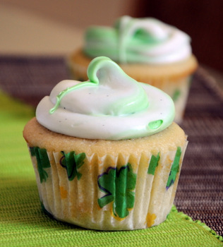 Vanilla and Lime Marble Cupcakes