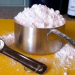 Flour measuring cup
