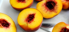 What are freestone peaches?