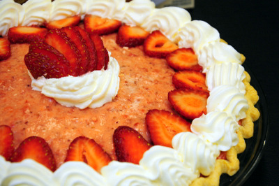 Strawberry and Limoncello Pie