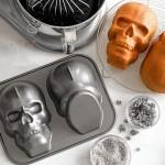 NordicWare Skull Pan