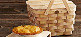 Williams Sonoma Pie Basket
