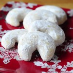 Vanilla Almond Crescent Cookies