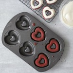 Wilton Heart Doughnut Pan
