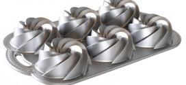 Nordic Ware Mini Heritage Bundt Pans