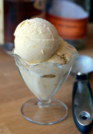 Caramelized Bourbon Peach Ice Cream