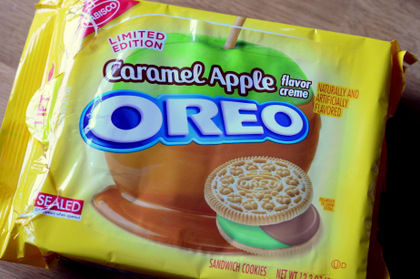 Caramel Apple Oreos, reviewed