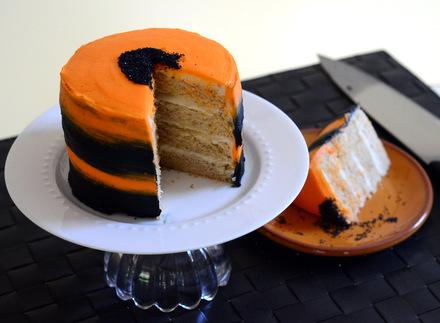 Craftsy Black and Orange Cake