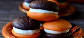 Black and Orange Halloween Whoopie Pies