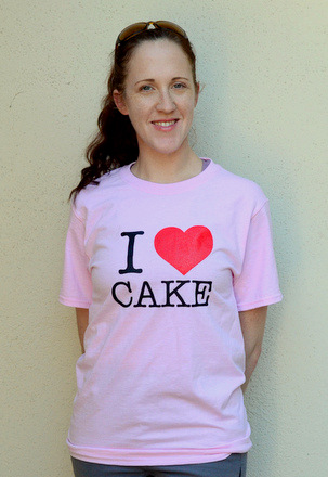 Baking Bites' I Heart Cake Tee!