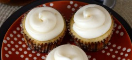 Rum and Vanilla Cupcakes with Rum-Spiked Cream Cheese Frosting
