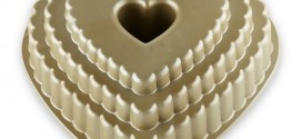Nordic Ware Scallop Heart Bundt Pan