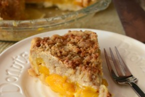 Mango Crumble Pie