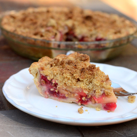 Strawberry Apple Crumble Pie