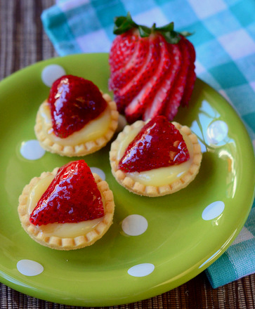 Strawberry Lemon Curd Tartlets
