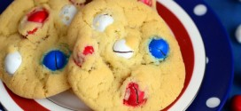 Patriotic Peanut M&M Cookies