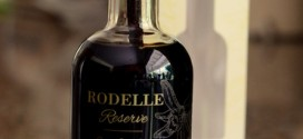 Rodelle Reserve French Oak Aged Vanilla Extract