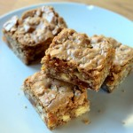 White Chocolate & Apricot Oatmeal Cookie Bars
