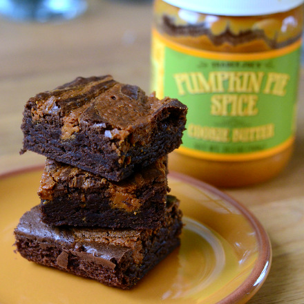 Pumpkin Pie Spice Cookie Butter Brownies