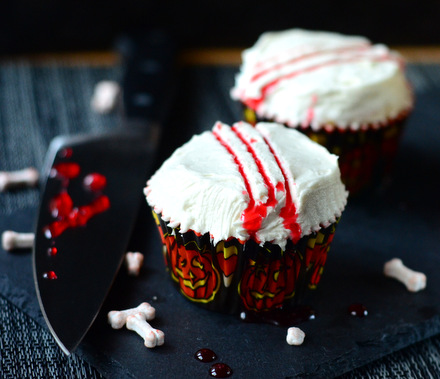 Slasher Cupcakes for Horror Movie Fans