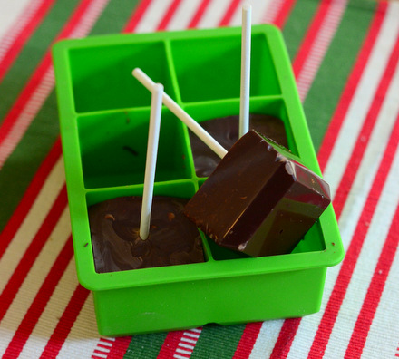 How to Make Hot Chocolate on A Stick at Home