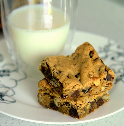Buttermilk Chocolate Chip Cookie Bars