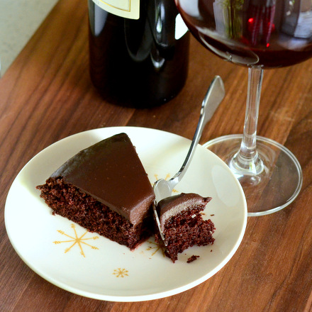 Baking Bites for Craftsy: Red Wine Chocolate Cake