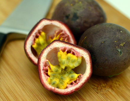 How to Juice a Fresh Passion Fruit