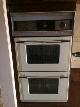 Vintage O'Keefe & Merrit Double Wall Oven