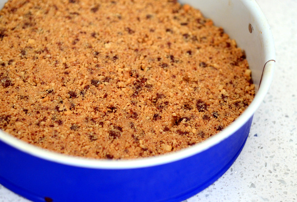 No Bake Chocolate Chip Cookie Crumb Crust