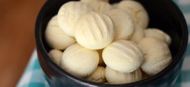 Sequilhos (Brazilian Cornstarch Cookies)