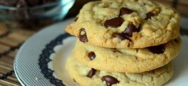 Can't-Go-Wrong Chewy Chocolate Chip Cookies