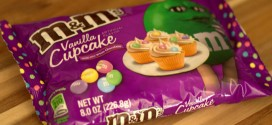 Vanilla Cupcake M&Ms, reviewed
