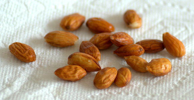 How to Peel Almonds