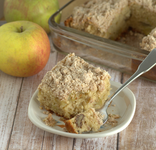 Apple & Pecan Coffee Cake with Cinnamon Streusel