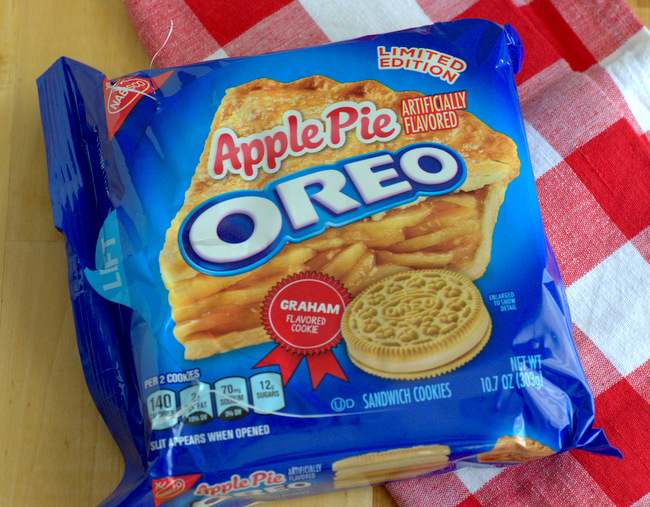 Apple Pie Oreo Review