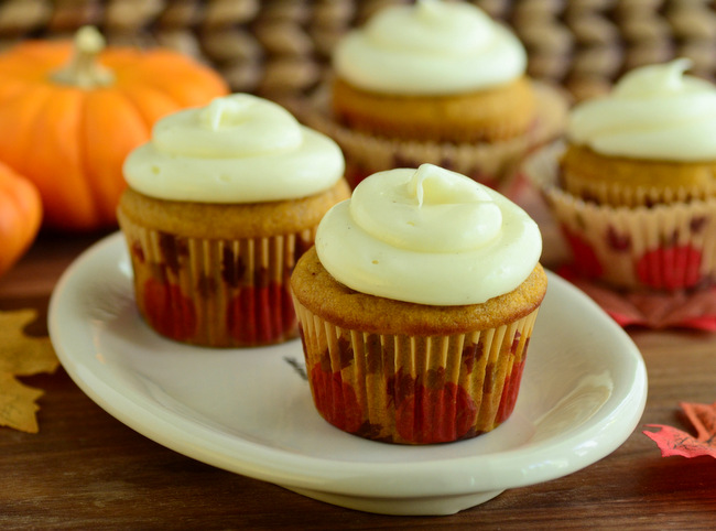 The Best Pumpkin Cupcakes with Cream Cheese Frosting