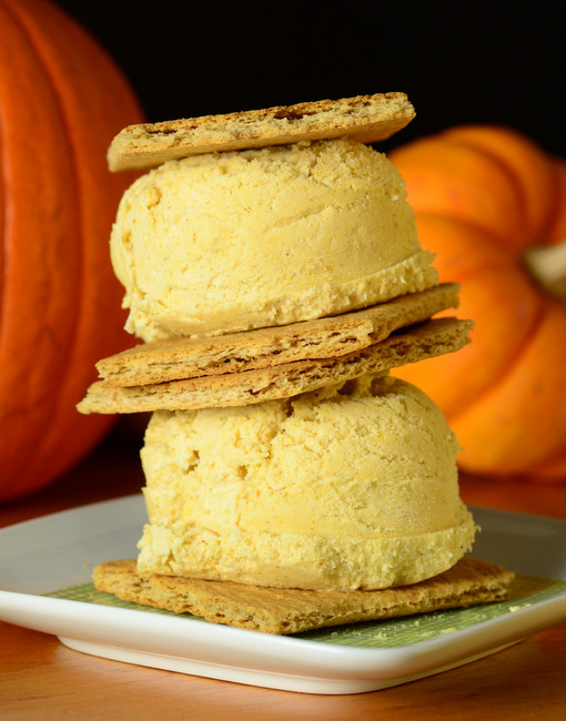 No Churn Pumpkin Pie Ice Cream Sandwiches