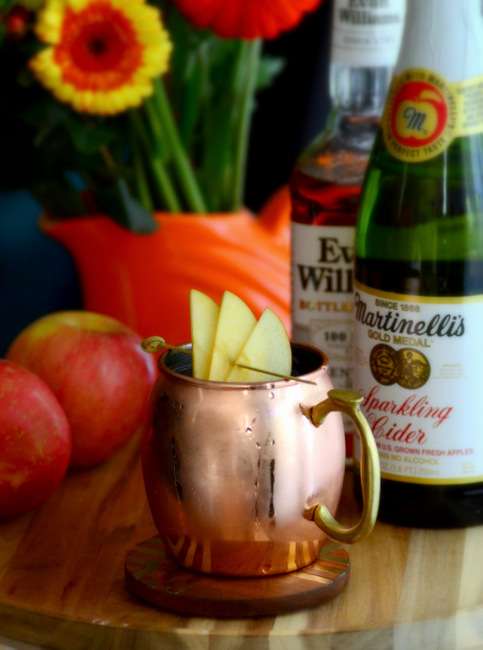 Martinelli's Apple Cider Mule