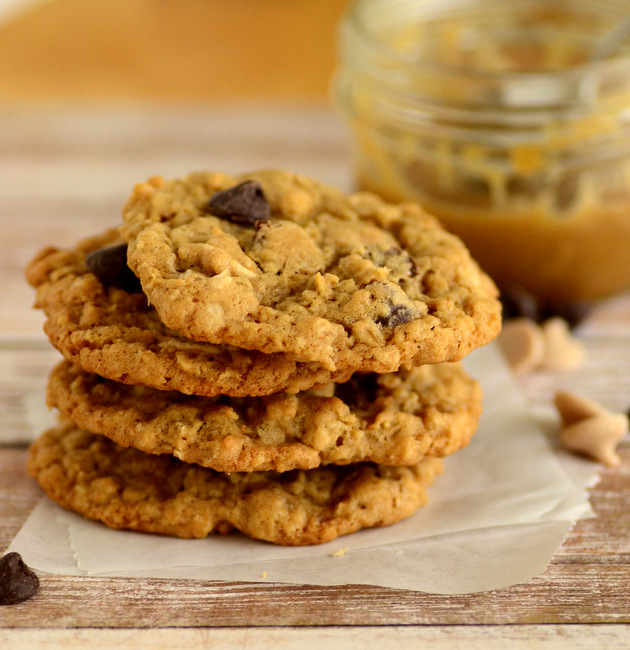 Caramel Chocolate Chip Oatmeal Cookies