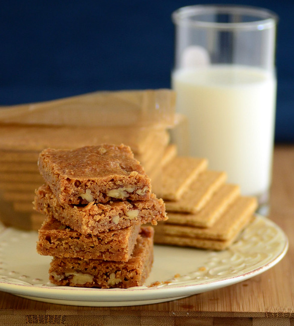 Graham Cracker Blondies