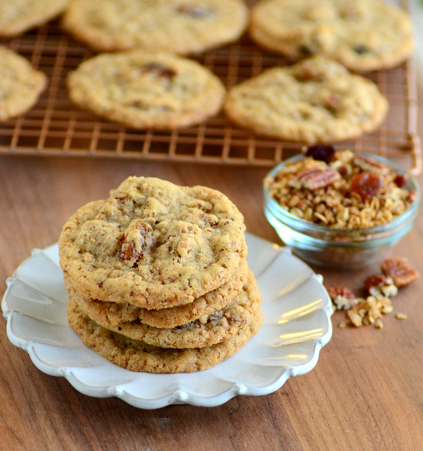Cinnamon Raisin Granola Cookies