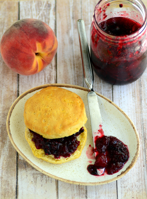 Quick Blackberry Peach Jam