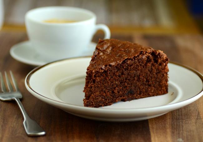 Espresso Brownie Cake