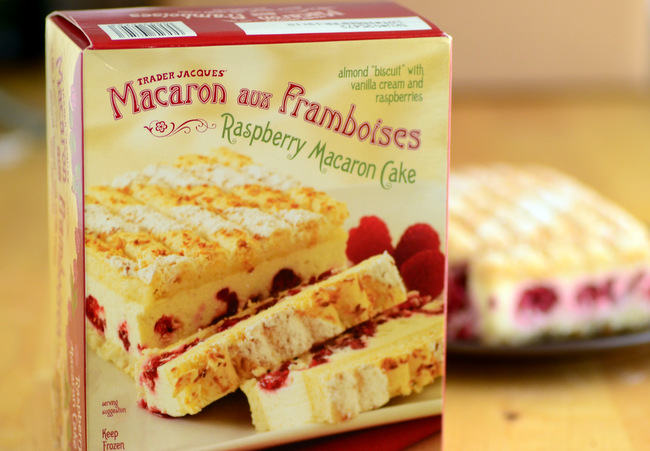 Trader Joe's Macaron aux Framboises, reviewed