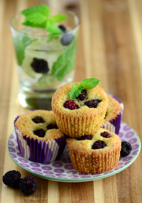 Blackberry Mojito Almond Cakes
