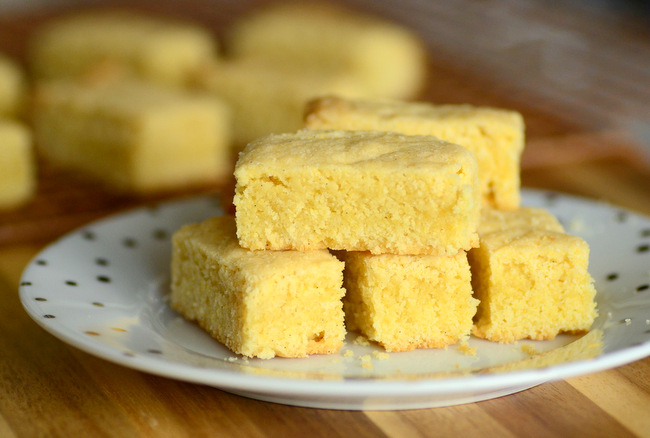 Vanilla Bean Cornmeal Shortbread